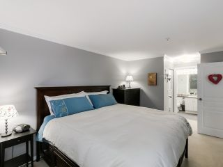 "Photo 12: 212 8450 JELLICOE Street in Vancouver: Fraserview VE Condo for sale in ""Boardwalk"" (Vancouver East)  : MLS®# R2037508"
