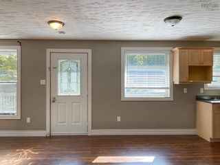 Photo 4: 2467 Loretta Avenue in Coldbrook: 404-Kings County Residential for sale (Annapolis Valley)  : MLS®# 202125866
