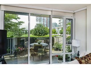 """Photo 10: 107 8 SMITHE MEWS Mews in Vancouver: Yaletown Townhouse for sale in """"THE FLAGSHIP"""" (Vancouver West)  : MLS®# V1075648"""
