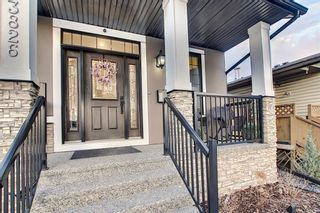 Photo 2: 3826 3 Street NW in Calgary: Highland Park Detached for sale : MLS®# A1145961