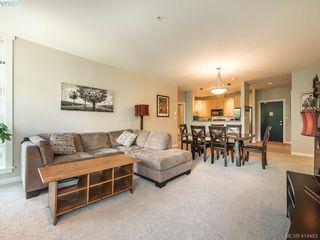 Photo 5: 304 330 Waterfront Cres in VICTORIA: Vi Rock Bay Condo for sale (Victoria)  : MLS®# 822083