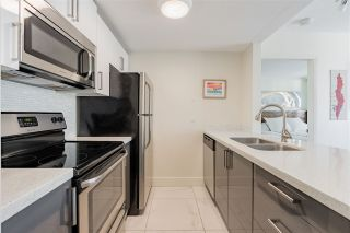 "Photo 10: 1003 438 SEYMOUR Street in Vancouver: Downtown VW Condo for sale in ""Conference Plaza"" (Vancouver West)  : MLS®# R2561448"