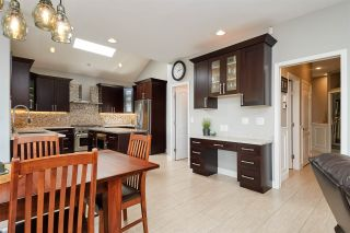 Photo 10: 2626 MARBLE Court in Coquitlam: Westwood Plateau House for sale : MLS®# R2401709