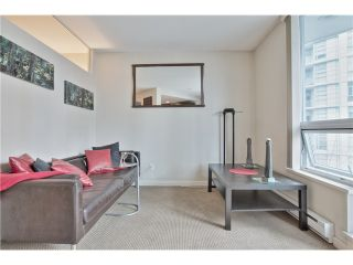 """Photo 7: 504 1212 HOWE Street in Vancouver: Downtown VW Condo for sale in """"1212 HOWE"""" (Vancouver West)  : MLS®# V1054674"""