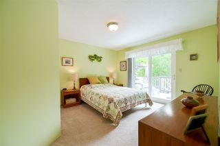 """Photo 7: 1705 142 Street in Surrey: Sunnyside Park Surrey House for sale in """"Ocean Bluff"""" (South Surrey White Rock)  : MLS®# R2165784"""