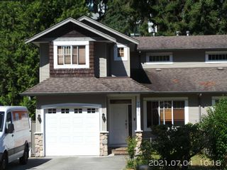 Main Photo: 728A DOGWOOD Street in Coquitlam: Coquitlam West 1/2 Duplex for sale : MLS®# R2602491