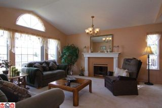 Photo 3: 15296 28A AV in Surrey: House for sale : MLS®# F1111657