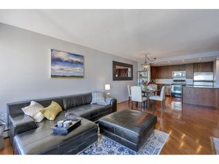 """Photo 11: 807 15111 RUSSELL Avenue: White Rock Condo for sale in """"Pacific Terrace"""" (South Surrey White Rock)  : MLS®# R2481638"""