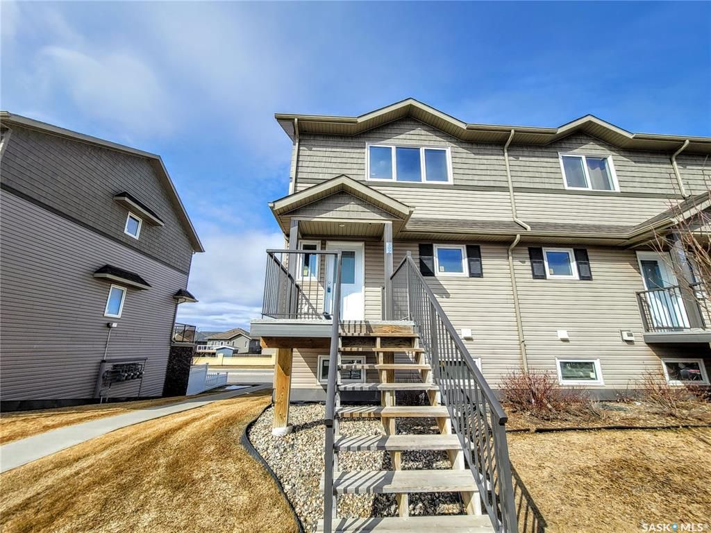 Main Photo: 302 1303 Richardson Road in Saskatoon: Hampton Village Residential for sale : MLS®# SK847019