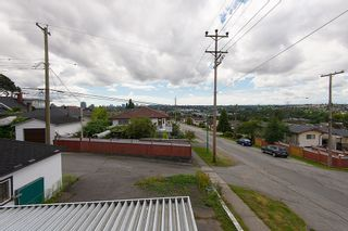 Photo 3: 3810 PENDER STREET in Burnaby North: Home for sale : MLS®# R2095251