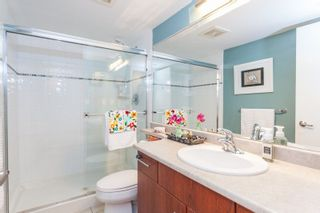 """Photo 13: 901 120 MILROSS Avenue in Vancouver: Mount Pleasant VE Condo for sale in """"The Brighton"""" (Vancouver East)  : MLS®# R2223429"""