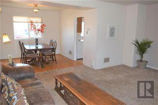Photo 3: 12 Beaumont Bay in Winnipeg: West Fort Garry Residential for sale (1Jw)  : MLS®# 1828390