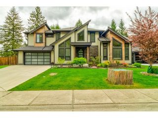 Main Photo: 9328 204A Street in Langley: Walnut Grove House for sale : MLS®# R2600160