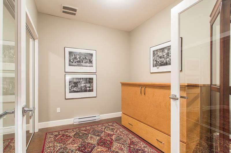 """Photo 14: Photos: 211 15185 36 Avenue in Surrey: Morgan Creek Condo for sale in """"EDGEWATER"""" (South Surrey White Rock)  : MLS®# R2580730"""