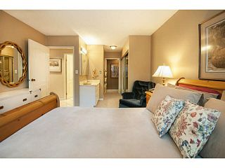 """Photo 13: 101 325 W 3RD Street in North Vancouver: Lower Lonsdale Condo for sale in """"HARBOURVIEW"""" : MLS®# V1110069"""