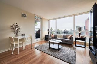 """Photo 4: 505 125 COLUMBIA Street in New Westminster: Downtown NW Condo for sale in """"NORTHBANK"""" : MLS®# R2158737"""