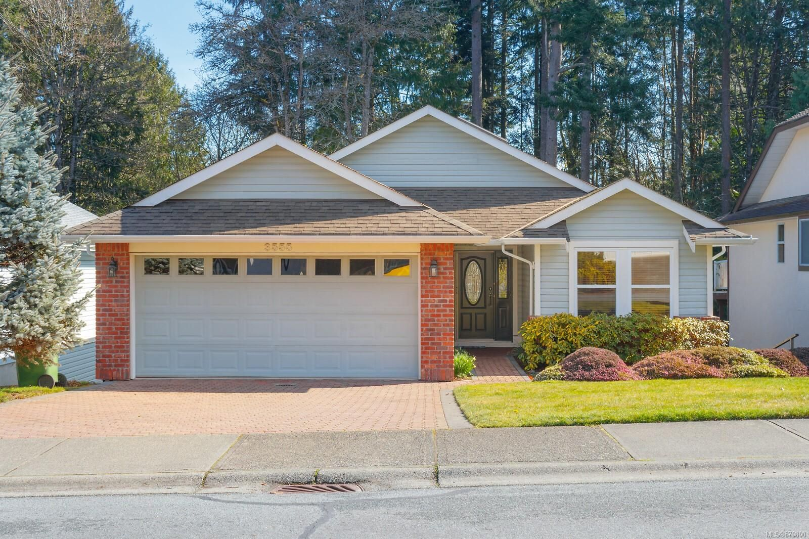 Main Photo: 3555 S Arbutus Dr in : ML Cobble Hill House for sale (Malahat & Area)  : MLS®# 870800