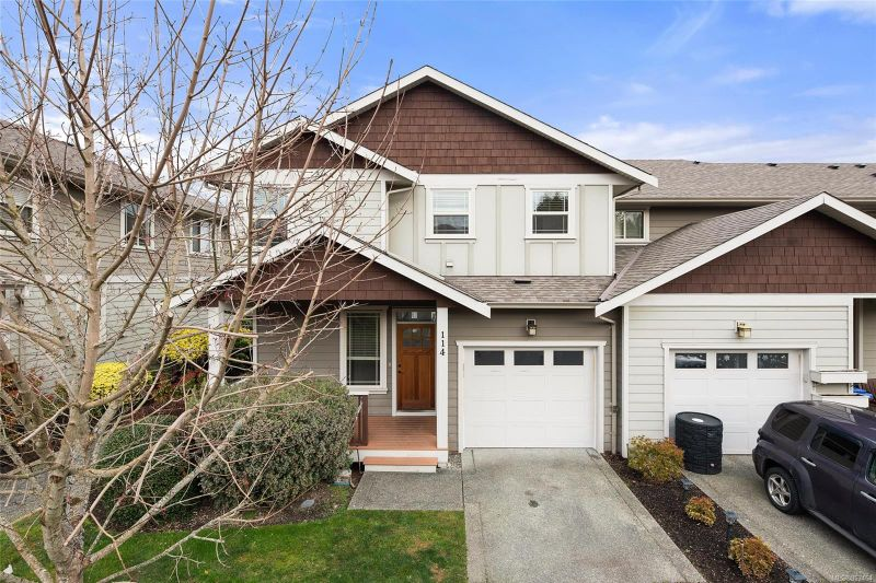FEATURED LISTING: 114 - 6591 Arranwood Dr