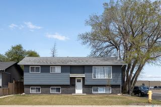 Photo 1: 721 4th Street South in Martensville: Residential for sale : MLS®# SK855187