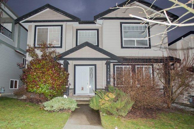 Main Photo: 11328 240 Street in Maple Ridge: Cottonwood MR House for sale : MLS®# R2240391
