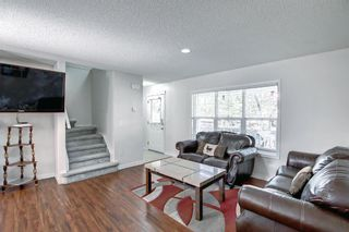 Photo 5: 204 Country Village Lane NE in Calgary: Country Hills Village Row/Townhouse for sale : MLS®# A1147221
