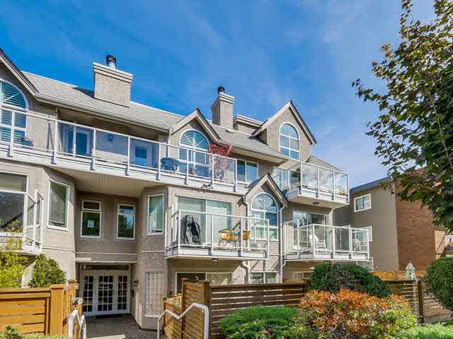 "Main Photo: 206 1265 W 11TH Avenue in Vancouver: Fairview VW Condo for sale in ""BENTLEY PLACE"" (Vancouver West)  : MLS®# V1143355"