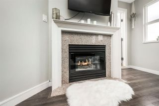 """Photo 3: W409 488 KINGSWAY Avenue in Vancouver: Mount Pleasant VE Condo for sale in """"HARVARD PLACE"""" (Vancouver East)  : MLS®# R2304937"""