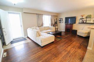 Photo 3: 2 St Martin Boulevard in Winnipeg: East Transcona Residential for sale (3M)  : MLS®# 202104555
