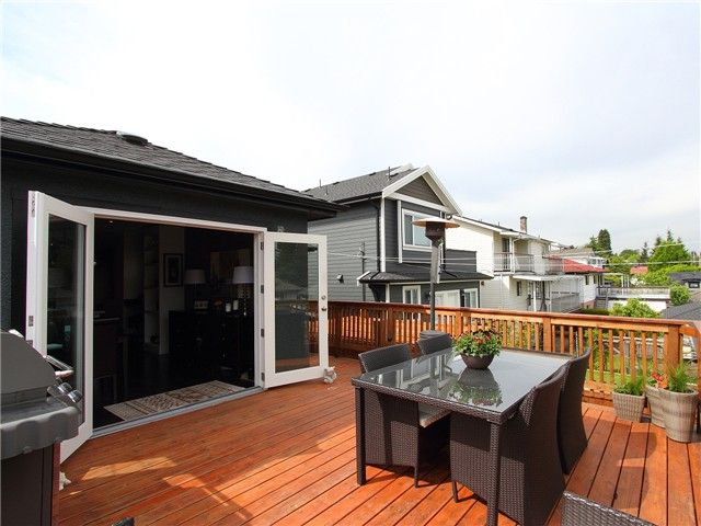 Photo 6: Photos: 1249 E 29TH AV in Vancouver: Knight House for sale (Vancouver East)  : MLS®# V1066592