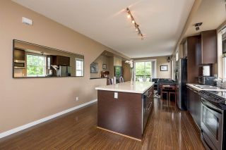 Photo 3: 1 18983 72A Avenue in Surrey: Clayton Townhouse for sale (Cloverdale)  : MLS®# R2073545