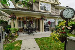 "Photo 3: 15 15450 ROSEMARY HEIGHTS Crescent in Surrey: Morgan Creek Townhouse for sale in ""THE CARRINGTON"" (South Surrey White Rock)  : MLS®# R2176229"