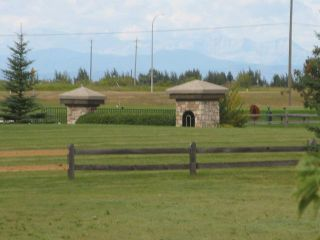 Photo 11: 4 Hamilton Close in CALGARY: Rural Rocky View MD Residential Detached Single Family for sale : MLS®# C3577044