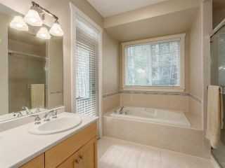 """Photo 9: 38648 CHERRY Drive in Squamish: Valleycliffe House for sale in """"Raven's Plateau"""" : MLS®# R2205403"""