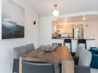 Photo 10: 305 1009 EXPO BOULEVARD in Vancouver: Yaletown Condo for sale (Vancouver West)  : MLS®# R2575432