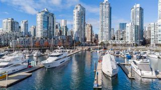 "Photo 34: 2301 1201 MARINASIDE Crescent in Vancouver: Yaletown Condo for sale in ""The Peninsula"" (Vancouver West)  : MLS®# R2540244"