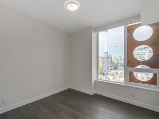 Photo 9: 810 111 E 1ST AVENUE in Vancouver: Mount Pleasant VE Condo for sale (Vancouver East)  : MLS®# R2135832