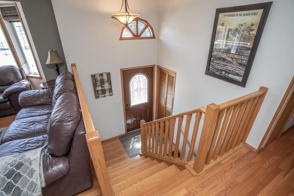 Main Photo: 5320 36a Street: Innisfail Detached for sale : MLS®# A1116076