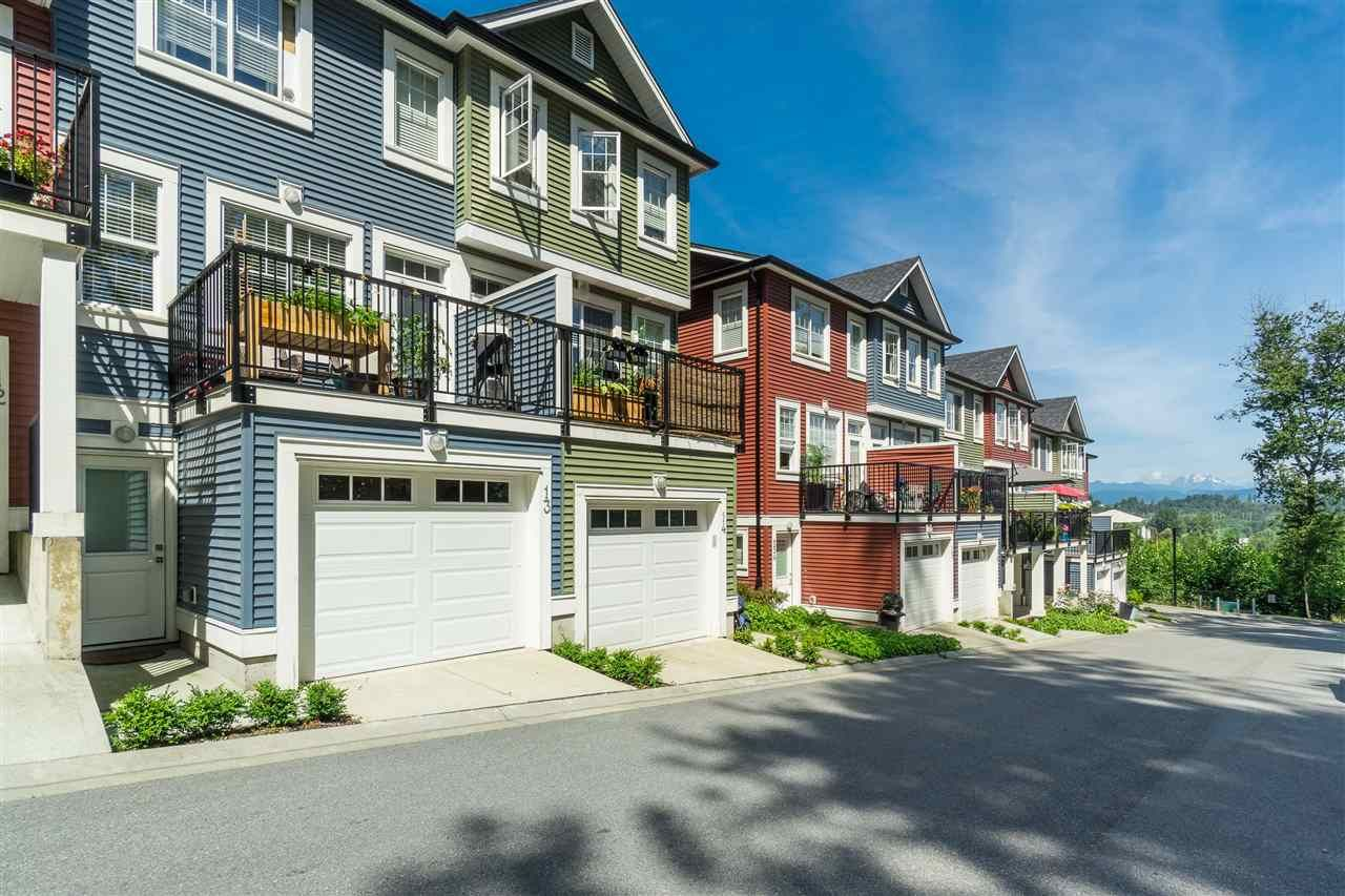 """Photo 3: Photos: 13 2850 MCCALLUM Road in Abbotsford: Central Abbotsford Townhouse for sale in """"Urban Hillside"""" : MLS®# R2478598"""
