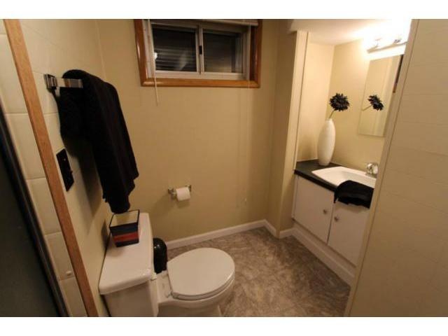 Photo 13: Photos: 659 Brock Street in WINNIPEG: River Heights / Tuxedo / Linden Woods Residential for sale (South Winnipeg)  : MLS®# 1310354