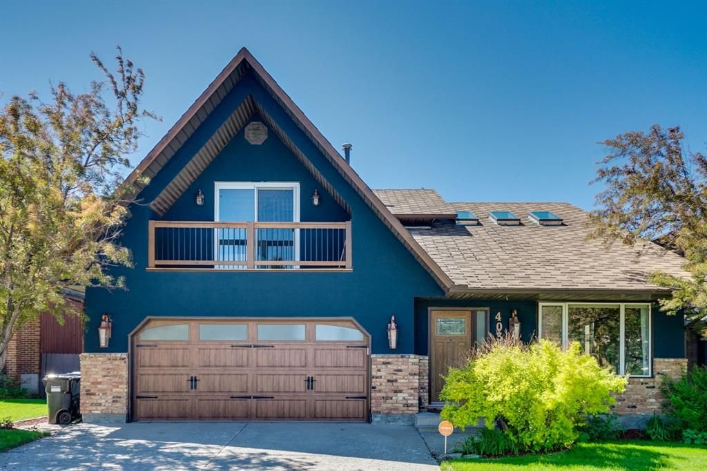 403 Silvergrove Dr NW - Curb Appeal!