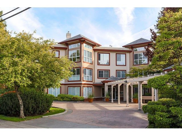 Main Photo: 308 15342 20 AVENUE in Surrey: King George Corridor Condo for sale (South Surrey White Rock)  : MLS®# R2005987