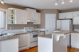 Photo 15: 131 Citadel Crest Green NW in Calgary: Citadel Detached for sale : MLS®# A1124177