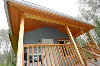 """Photo 2: 18865 GRANTHAM Road in Smithers: Smithers - Rural House for sale in """"Grantham"""" (Smithers And Area (Zone 54))  : MLS®# R2389601"""