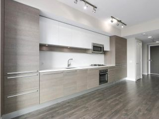 "Photo 5: 2608 2008 ROSSER Avenue in Burnaby: Brentwood Park Condo for sale in ""SOLO District"" (Burnaby North)  : MLS®# R2528471"