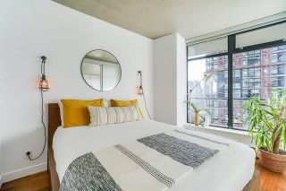 """Photo 13: 2008 108 W CORDOVA Street in Vancouver: Downtown VW Condo for sale in """"WOODWARDS"""" (Vancouver West)  : MLS®# R2537299"""