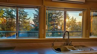 Photo 5: 2747 Shoal Rd in : GI Pender Island House for sale (Gulf Islands)  : MLS®# 863111