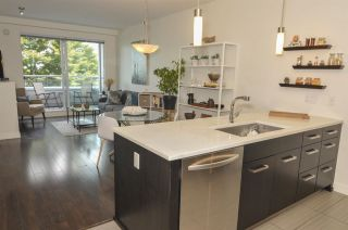 Photo 8: 311 3333 MAIN STREET in Vancouver: Main Condo for sale (Vancouver East)  : MLS®# R2393428