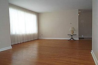 Photo 5: 129 Toynbee Trail in Toronto: Guildwood House (Bungalow) for sale (Toronto E08)  : MLS®# E2562205