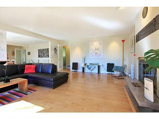 Photo 3: 324 E 29TH Street in NORTH VANC: Upper Lonsdale House for sale (North Vancouver)  : MLS®# V1143433