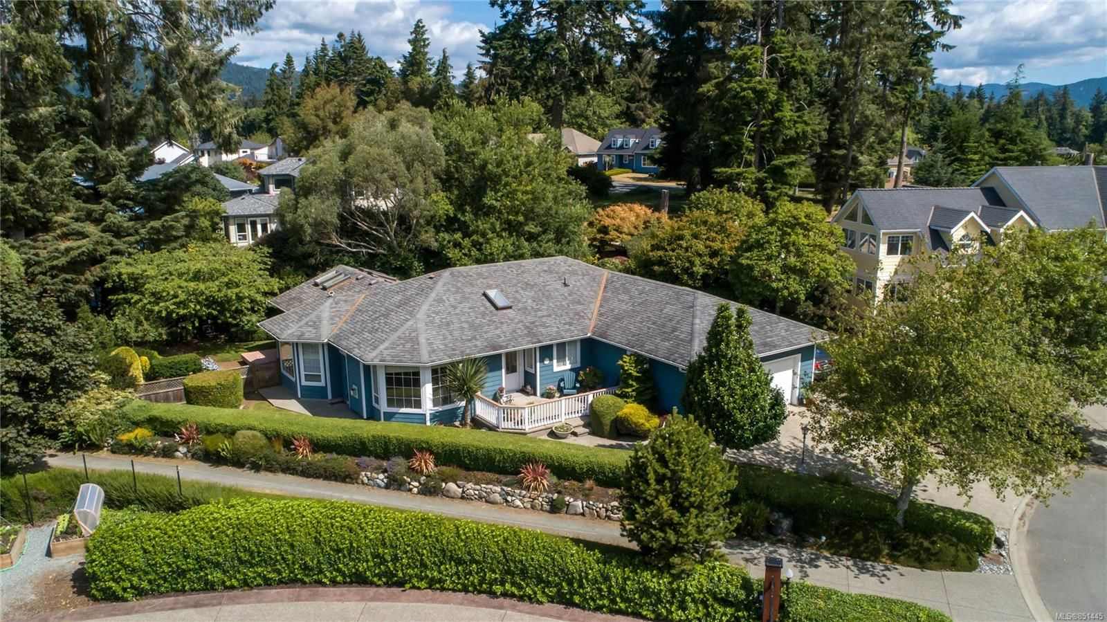 Main Photo: 7212 Austins Pl in : Sk Whiffin Spit House for sale (Sooke)  : MLS®# 851445